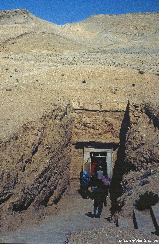 Unterirdische Grabanlage
